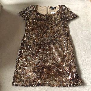Gold sequin dress!